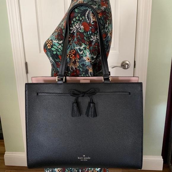kate spade Handbags - Kate spade bag Hayes black leather shoulder tote